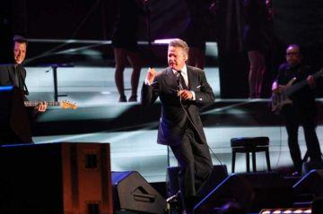 Luis Miguel recibe avalancha de críticas tras concierto en estado de ebriedad