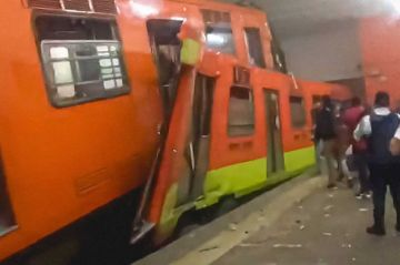 Chocan dos convoyes en Metro Tacubaya de Ciudad de México, hay un muerto y 41