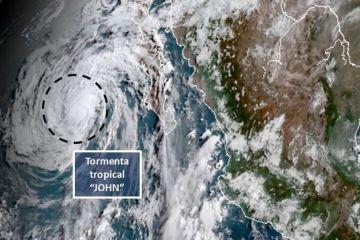 John se degrada a tormenta tropical mientras se aleja de las costas mexicanas