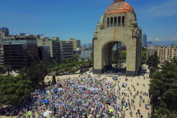 Miles marcharon contra López Obrador durante su primer informe de Gobierno