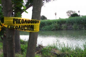 Agentes de la Patrulla Fronteriza de EUA buscan a niña que cayó en el Río