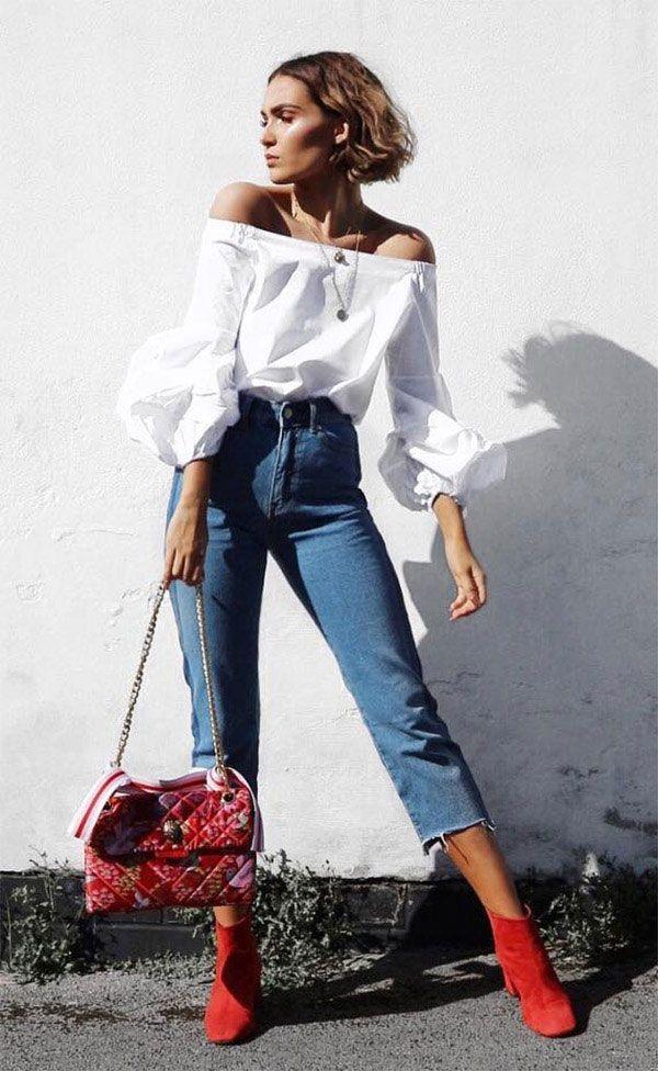 Botines rojos con jeans
