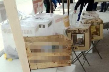 Arrojan cabezas humanas en dos mesas de votación de Tijuana